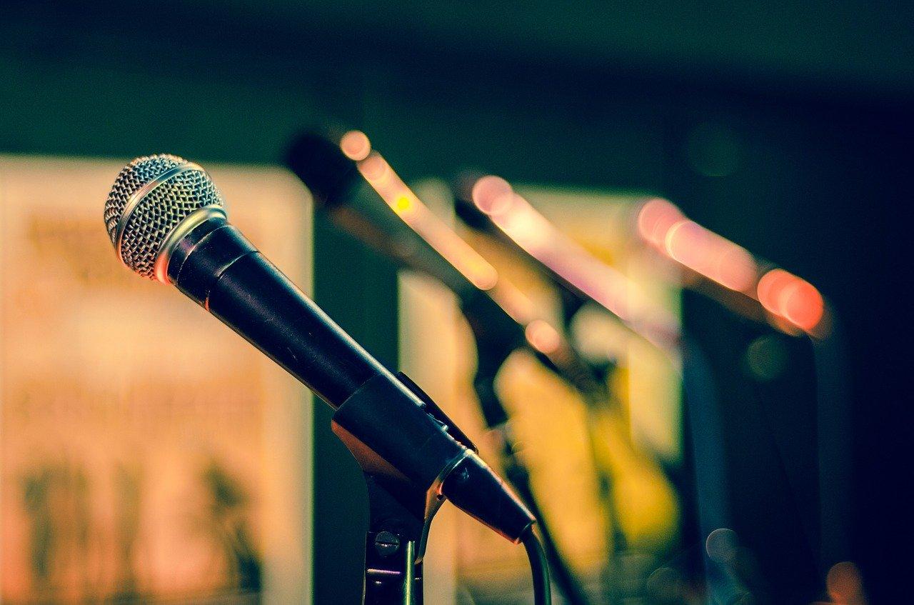 Aký mikrofón treba vybrať?
